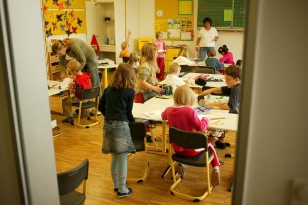 Blick in ein buntes Klassenzimmer